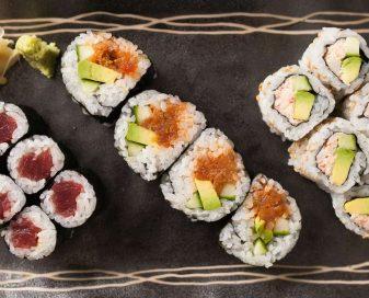 Como comer sushi corretamente