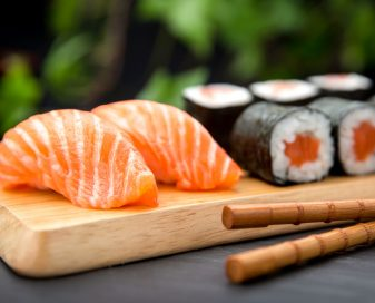 Criança pode comer sashimi e sushi com peixe cru?